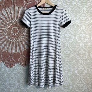 5/$25 Mimi Chica Striped/Ribbed Skater Dress